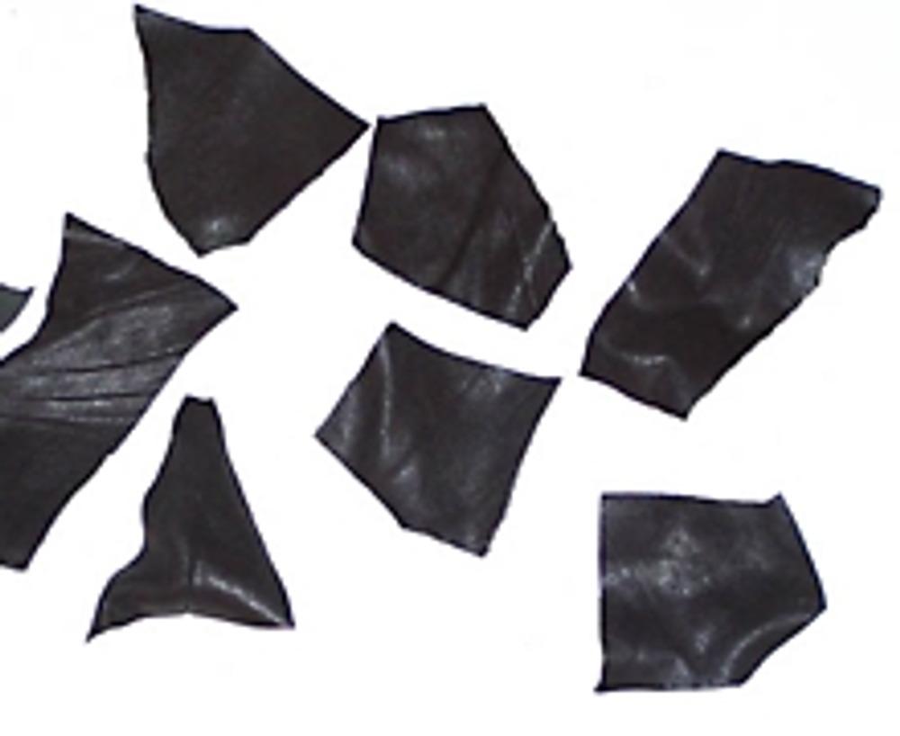 2. Они могут быть в виде многоугольников, произвольной формы. Но, если вас привлекает симметрия, можно и симметрично.