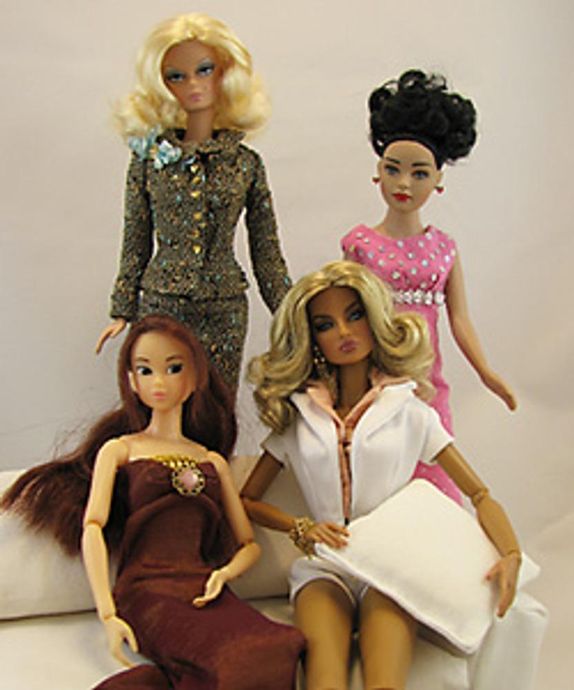 Куклы-модели разных производителей.