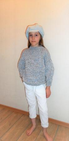Фото. Джемпер Emotion sweater, дизайн Татьяны Федоровой.  Автор работы - Оксана Б.