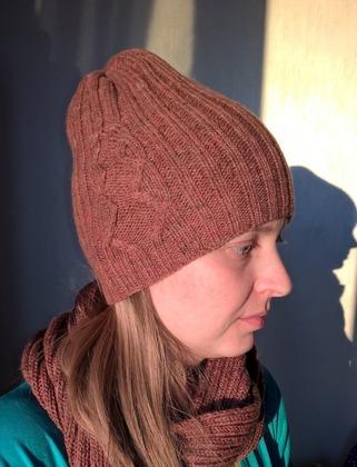 Фото. Шапка Gallivant hat от Пелых Наталии и снуд.  Автор работы - Catriona S