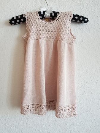 Фото. Вязаное платье  для девочки.  Автор работы - Rady