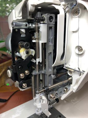 Швейные машины Juki HZL-F 300-400-600 (часть третья)