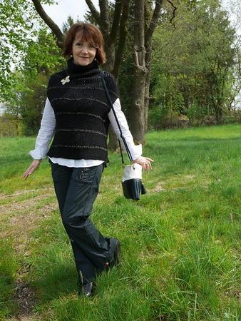 Фото. Жилет по модели Ольги Кондратьевой. Шерсть с кашемиром. Автор работы - Michele