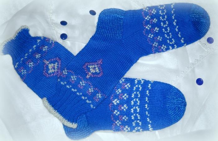 Фото. Презентик к зимним праздникам - жаккардовые  носочки/