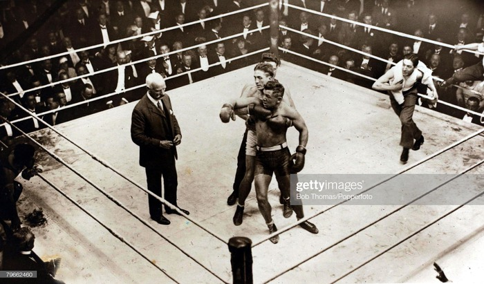 Фото. Sport, Boxing, Heavyweight Championship of Europe, London, England, 4th December 1919.