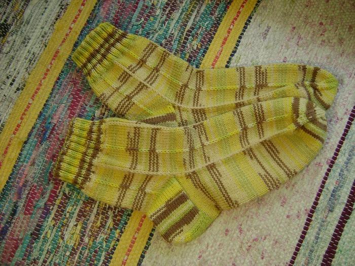 Фото. Носочки - летней вязки.   Автор работы - Taurus61