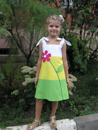 """Фото. Сарафан """"Аленький цветочек"""" для дочки из яркого  льна трех цветов."""