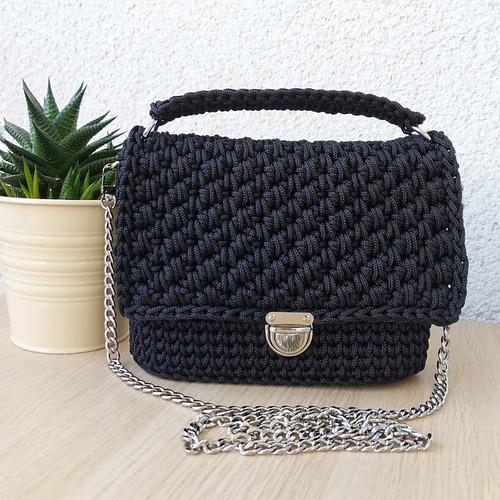 Фото. Вязаная сумочка. Автор работы - berlinka