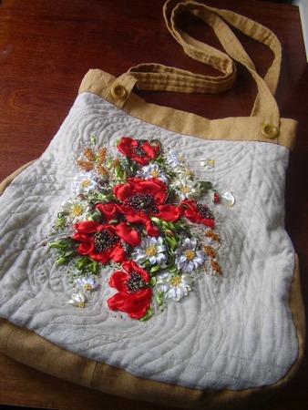 Фото. Стеганая сумка из льна с вышивкой. Автор работы - Гош