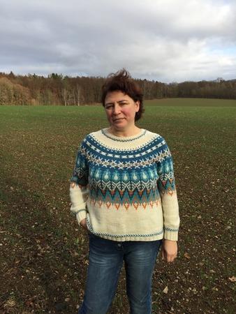 Фото. Bistort Pullover by Courtney Spainhower. Первый мой жаккардовый пуловер. Очень сомневалась, что получится, но результат порадовал.