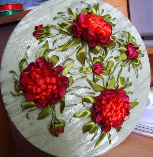 Фото. Вышивка лентами. Автор работы - babuliahak