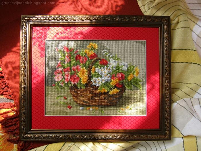 """Фото. """"Корзина с цветами (""""Ein Korb mit bunten Blumen""""). Автор работы - sofijenn"""