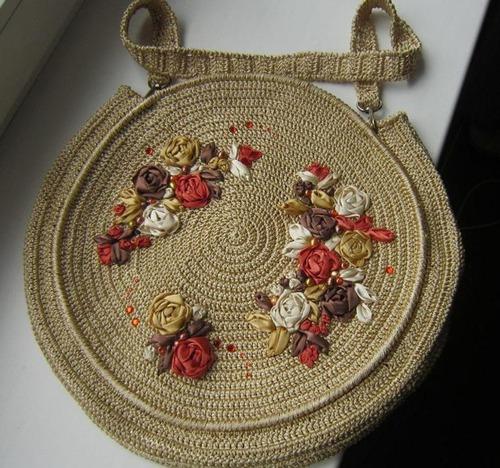 """Фото. Первая сумка с вышивкой лентами """" Цветы на сене""""."""
