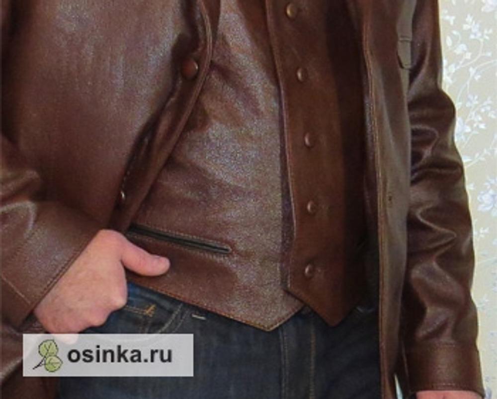 Фото. Жилет в комплекте с  пальто - настоящий наряд для джентльмена.