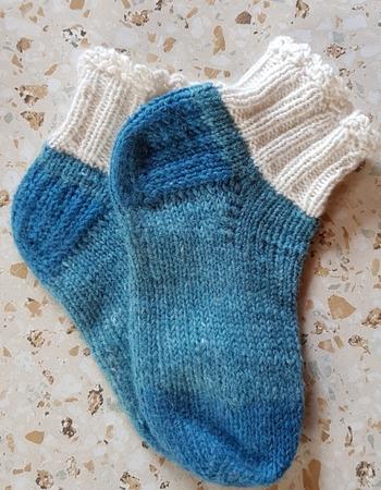 Фото. Носочки для внучки.  Автор работы - cherryta