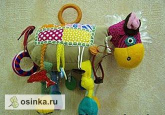 Фото. Лошадка-развивашка станет отличным подарком для самых-самых маленьких. Автор: Al_Ko.