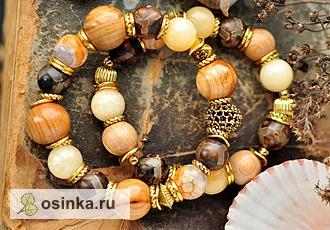 """Фото. Агат, деревянные бусины и позолоченная фурнитура: не зря этот браслет называется """"Липовый цвет"""". Автор - allareva ."""