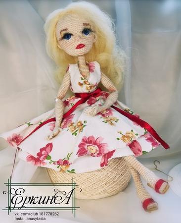 Фото. Вязаная кукла.  Автор работы - Nasnasia