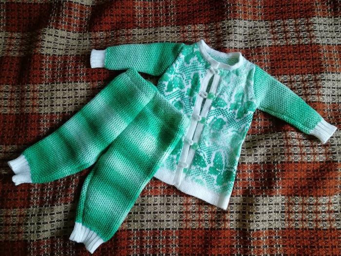 Фото. Детский костюмчик, машинное вязание.  Автор работы - Anurochka