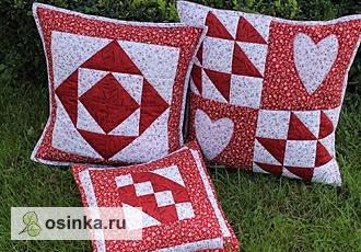 Фото. Подушки декоративные интерьерные, выполнены в лоскутной технике. Автор - Valentinka 64 .