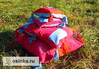 Фото. Комплект подушек - мал-мала-меньше. Автор - Jukon .
