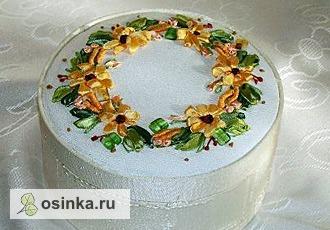 Фото. Шкатулка с вышивкой лентами. Автор - Таня Попова .