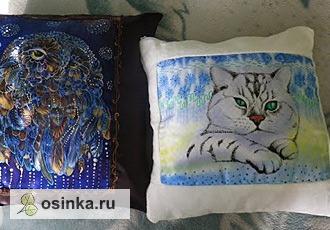 Фото. Мастерицы расписывают не только платки. Забавные подушки. Автор - Котик Инна .