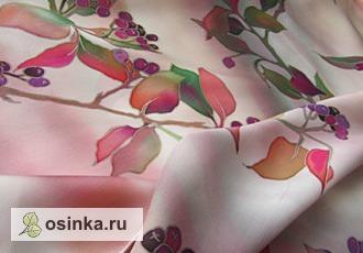 """Фото. Шарф """"Черноплодная рябина"""", атлас, батик. Автор - Tiamat ."""