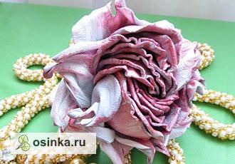 Фото. Нежные цветы из тончайшей кожи - совсем как живые... Автор - Bereza80 .