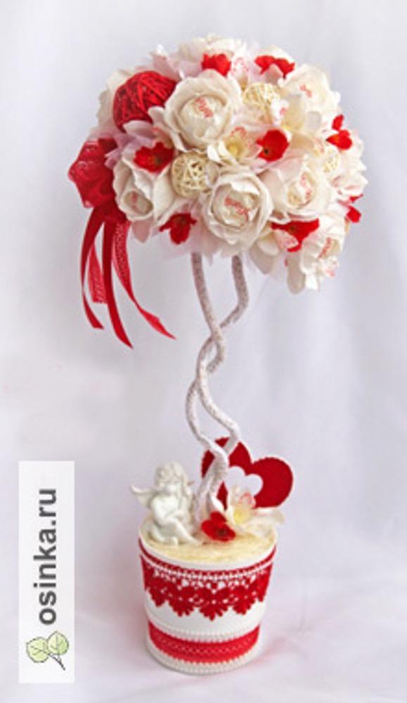 """Фото. Дерево """"Ко дню Святого Валентина"""". Топиарии - одна из любимых  форм работы Натальи"""