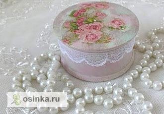 Фото. А нежная шкатулка выполнена в стиле  шебби-шик. Автор - stuptati .