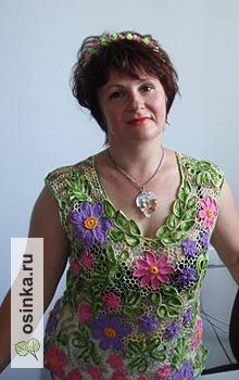 Фото. Зато эта цветочная блузка получилась по-летнему яркая и разноцветная. Автор - agnimila .