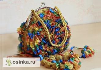 """Фото. Комплект """"Радуга"""" ( сумочка, бусы, браслет). Автор - Петелька.ру ."""