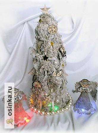 """Фото. Новогодняя композиция в стиле """"рустик"""": ёлка и два  ангела.  Ее автор - marimay ."""