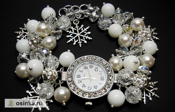 """Фото. Белые наручные часы """"Снежинка"""" с браслетом из агата, кварца кракле, жемчуга Сваровски  - стильный новогодний подарок Автор  - beadsart ."""