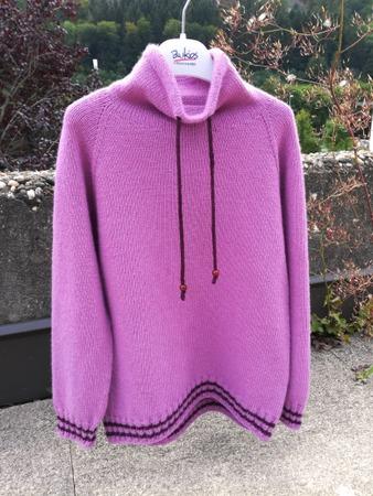Фото. Свитшот для девочки, машинное вязание. Автор работы - Тьюлип