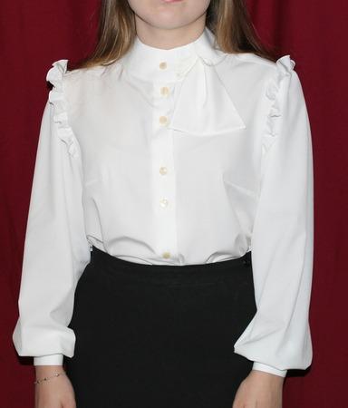 Фото. Школьная блузка из ниагары. Автор работы - Эля-я