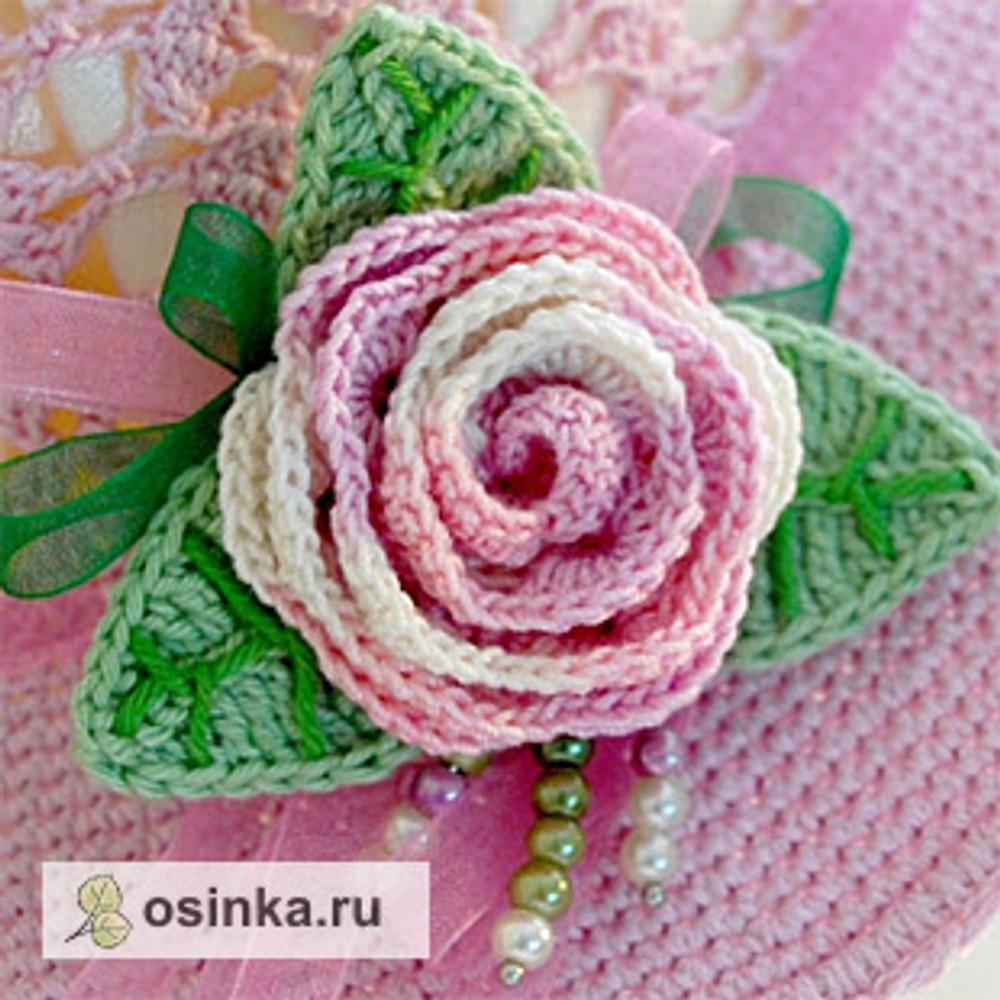 Фото. Отдельный респект - вязаной розе.