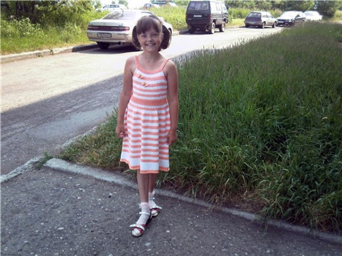 Фото. Платье-сарафан для дочери на лето.
