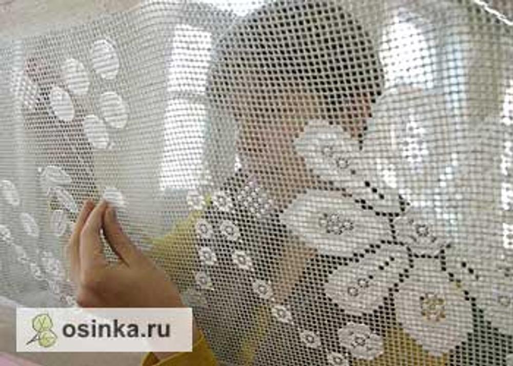 Фото. Вышивальщица из г. Пучеж. Фото с сайта Департамента культуры и культурного наследия Ивановской области.
