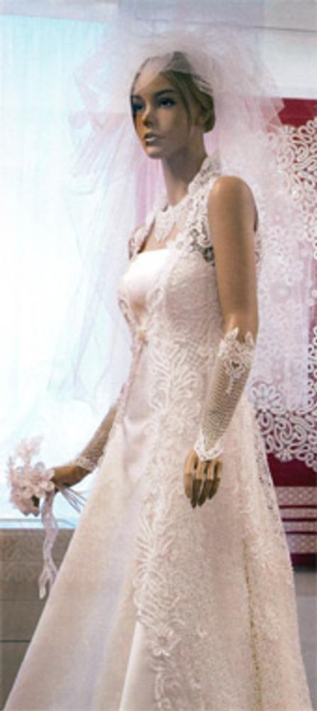 "Фото. ""Невеста Севера"". 2010 г. Авторы А.Н. Ракчеева, Ю.Е. Захарова, Е.Е. Марочко."