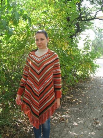 """Фото. Пончо """"Осеннее"""". Пряжа: Yarn Art Wool, 80% шерсть, 20% акрил, в 100гр. - 340 м, расход 800 г., крючок №3,5. Автор работы - Аленка-кмв"""