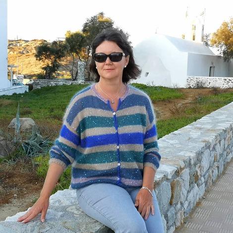 Фото. Ирина Виногорова (ник в Клубе - Virina1 ). Я в Греции выгуливая свою обновку!