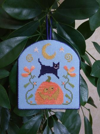 "Фото. ""Jack & Kitty"". Murano 32 ct, col. 5106 (""Синяя туча""). Автор работы - Luffa"
