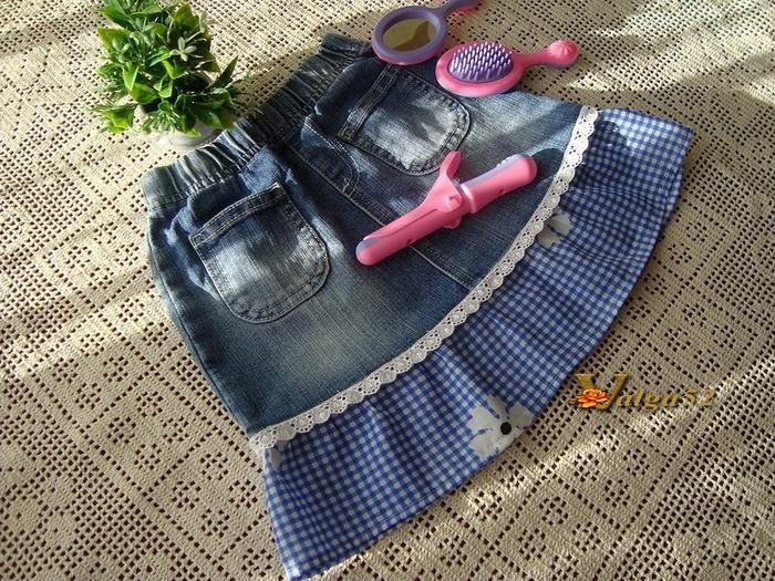 Фото. Классика джинсовых превращений - юбочка из джинсов. Автор работы - Valga52