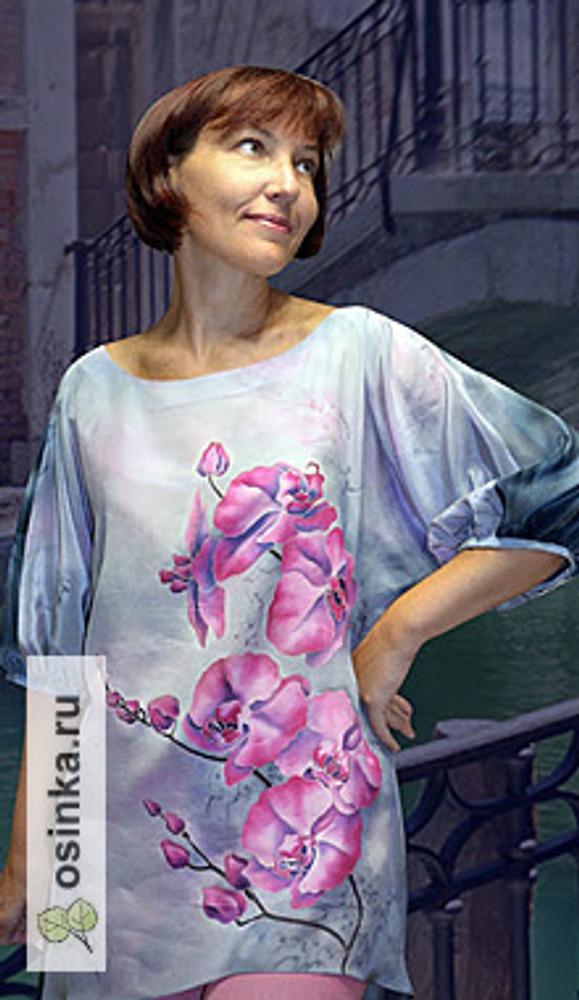 """Фото. Блуза """"Орхидеи"""", крепдешин, холодный батик, соль, краски под пар. Автор работы - vikysilk ."""