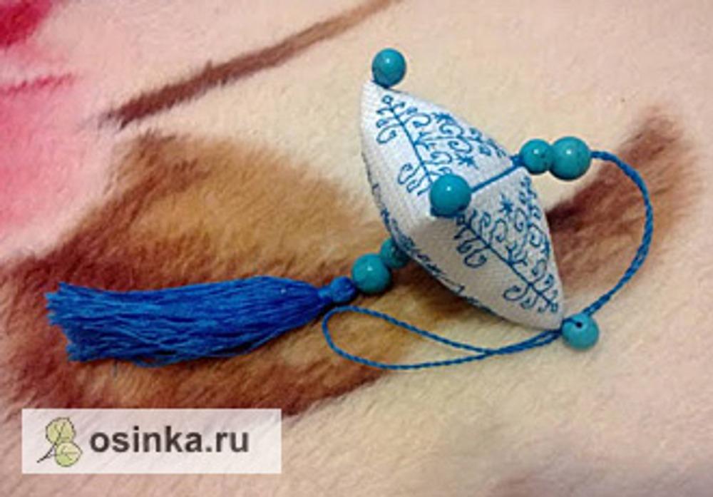 Фото. А Алла Моисеева свою зигугу украсила бусинками.