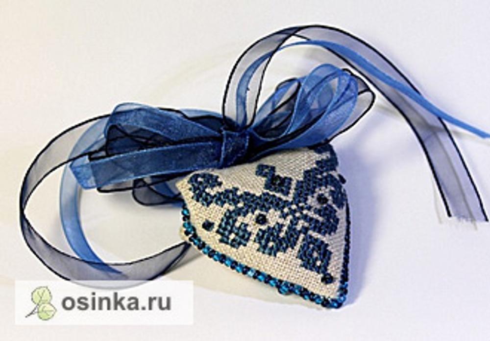Фото. Пендибуль от Kseny* украшен лентами.