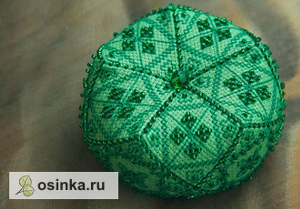 """Фото. Эта банурукотти в зеленых тонах называется """"Изумруд"""", швы отделаны фигурным швом. Автор работы - Antipochka ."""