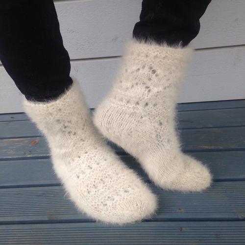 Фото. Носки из собачьей шерсти.   Автор работы - PejGeps